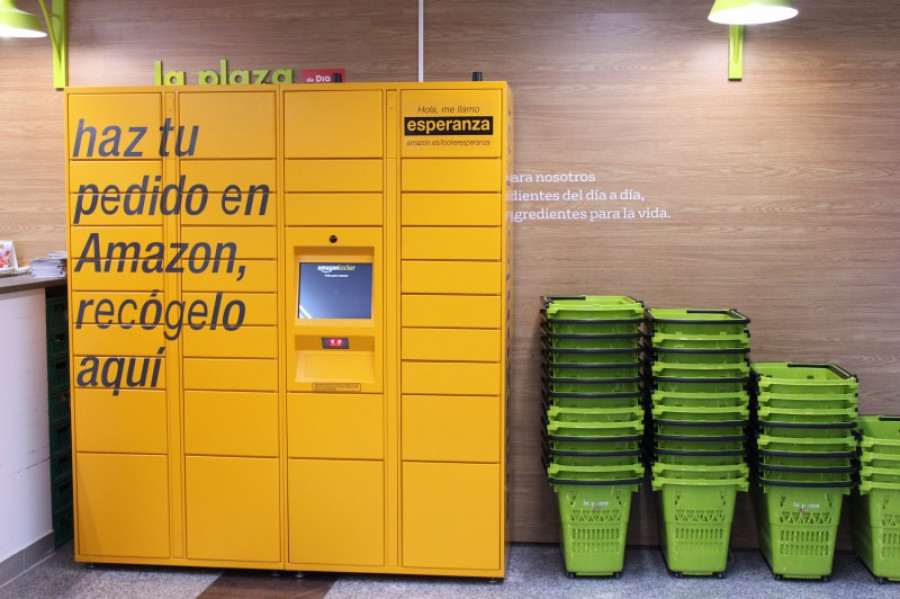 Amazon lockers en la plaza dia 31049