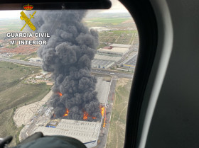 Dhl incendio guarda civil vista aerea